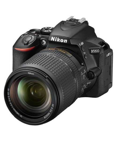 Nikon D5600 DSLR Camera with AF-S DX NIKKOR Deals