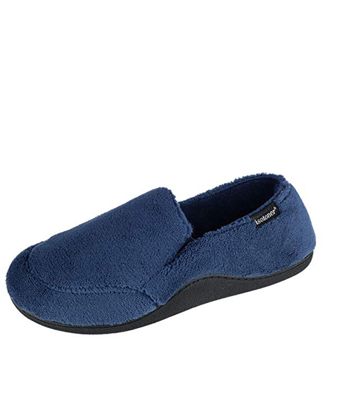 isotoner slipper men deals